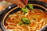 かんたん水炊き+トロトロ卵のキムチうどんの作り方2