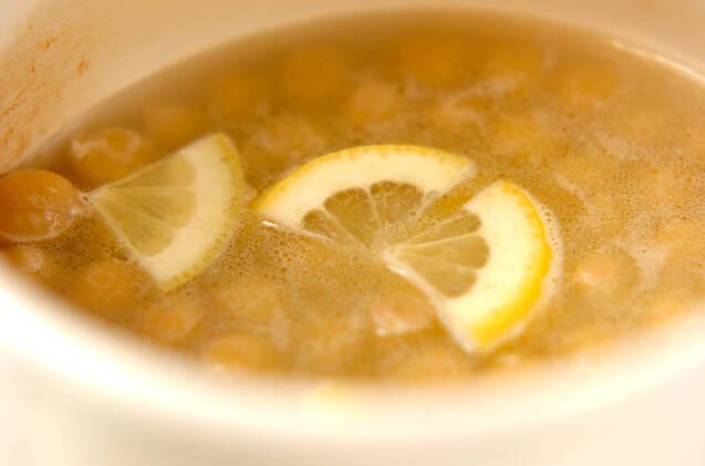 ヒヨコ豆のバターレモン煮の作り方の手順2