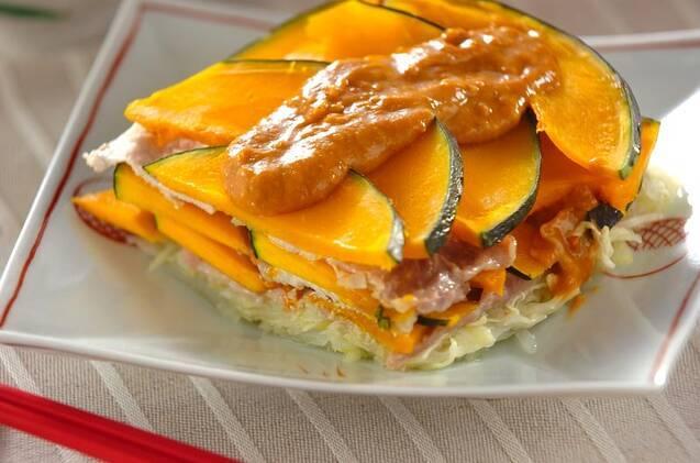 豚肉とかぼちゃとキャベツと玉ねぎのレンジ蒸し
