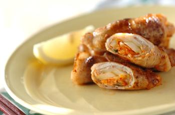 白菜キムチとセロリの豚肉巻き