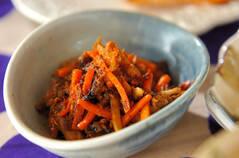 サバ缶とゴボウの炒め物