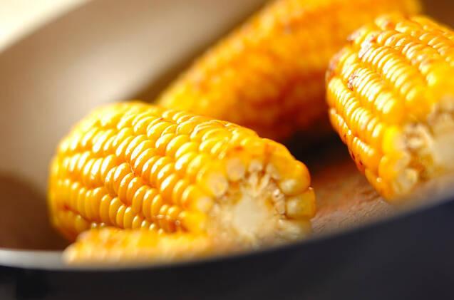 焼きトウモロコシバターのせの作り方の手順4