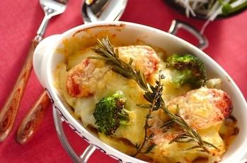 ジャガとソーセージのチーズ焼き