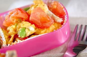枝豆とトマトの卵とじ