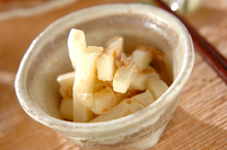 塩もみ大根とナメタケの和え物