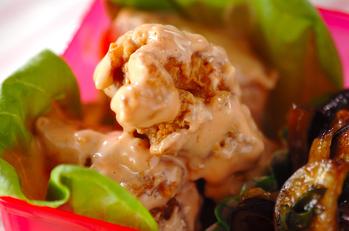 鶏の唐揚げのオーロラ和え