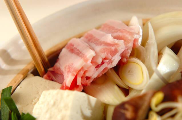野菜たっぷり!コク旨キムチ鍋の作り方の手順12