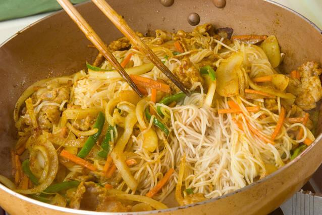 素麺のカレー炒めの作り方の手順3