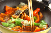 ウナギとパプリカの炒め物の作り方7