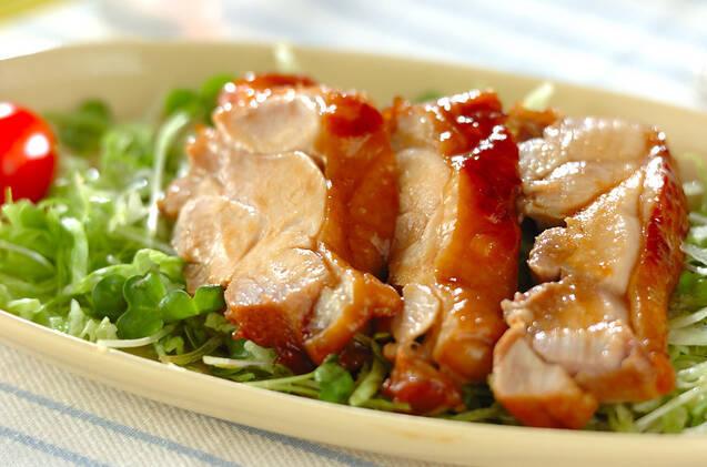 鶏もも肉の簡単レシピ15選!火も使わずに時短でジューシー