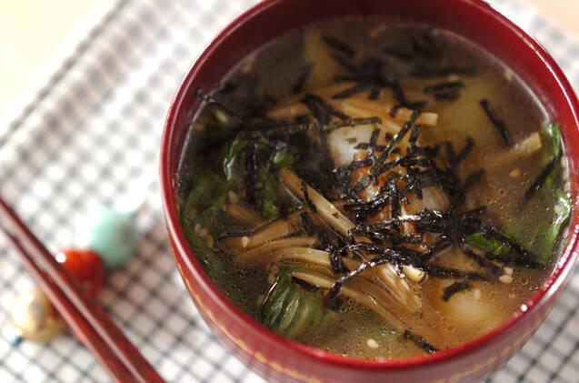 だしを多めに塩分控えめ!チンゲン菜の味噌汁レシピ&アレンジ5選の画像