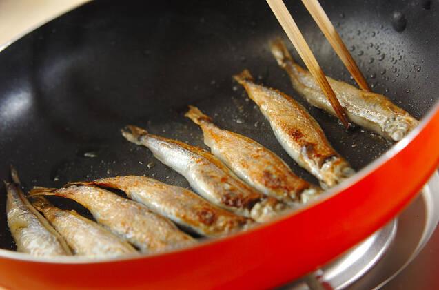 シシャモの甘酢玉ネギのせの作り方の手順3