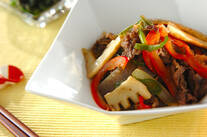 牛肉と野菜のソース炒め