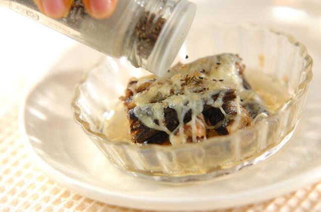 オイルサーディンのハーブチーズ焼きの作り方の手順3