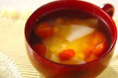 プチトマトのワンタン風スープ