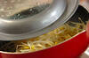 焼き鳥のモヤシ卵とじの作り方の手順2