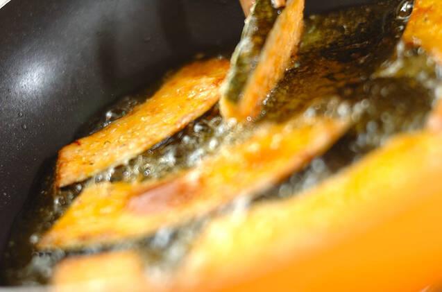 カボチャの揚げ焼きの作り方の手順3
