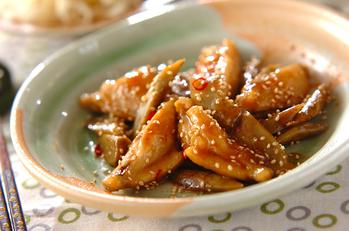 鶏手羽とゴボウの甘酢炒め