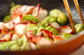 ソラ豆とタコのガーリックバター炒めの作り方3