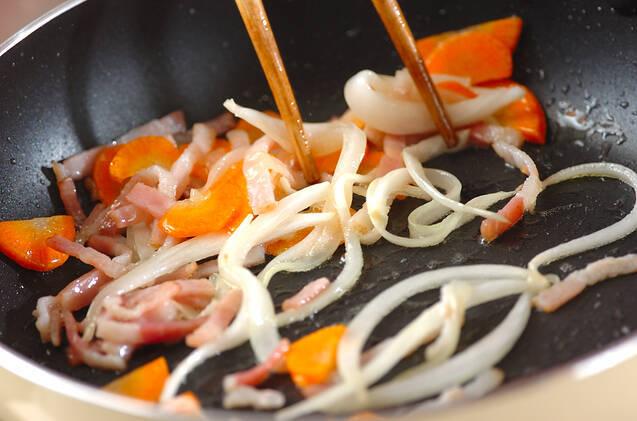 ポテトと煮豆のサンドイッチの作り方の手順2