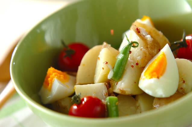 新ジャガイモのカラフルサラダ