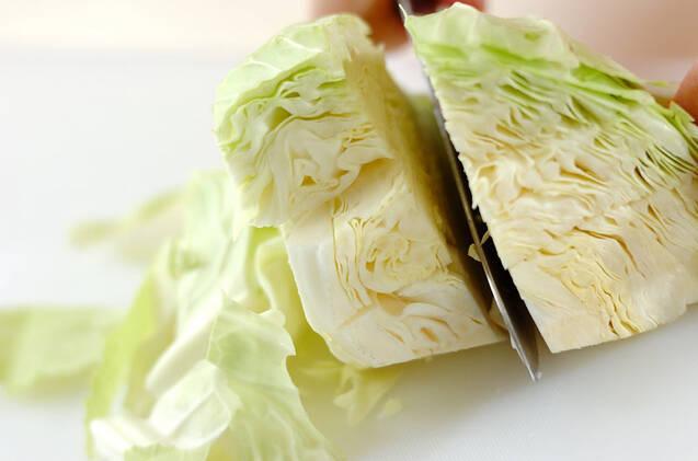 キャベツと天かすの炒め物の作り方の手順1