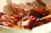 骨付き豚バラ肉の甘辛煮の作り方5