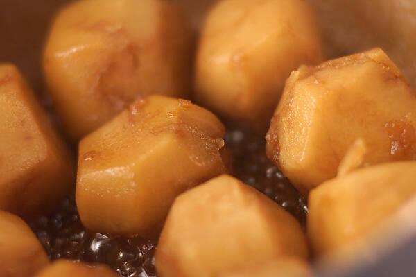 昔ながらの里芋の煮っころがしの作り方の手順5