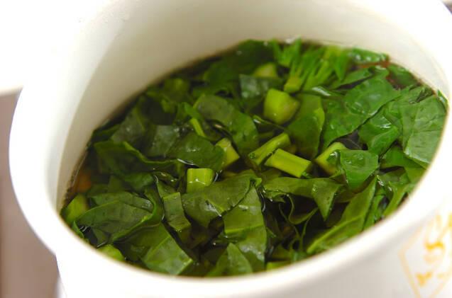 ツルムラサキのスープの作り方の手順3