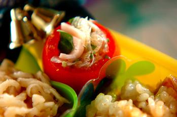 トマトとミツバのサラダ