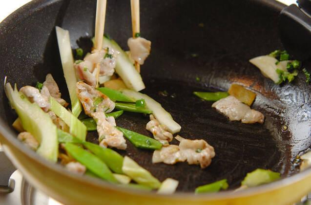 ワカメの炒め物の作り方の手順7