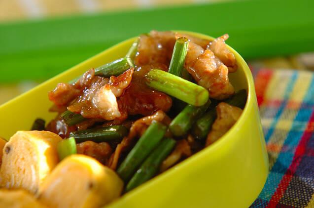 豚とニンニクの芽の炒め物