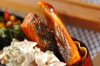 鮭のショウガ焼き