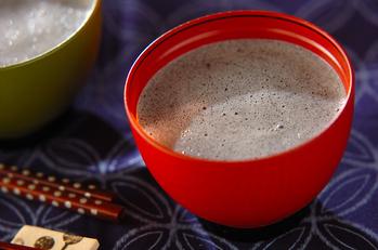 黒ゴマと豆乳のお汁粉