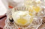 牛乳ゼリーオレンジソース