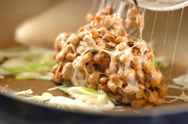 納豆とワカメのゴマ油炒めの作り方の手順4