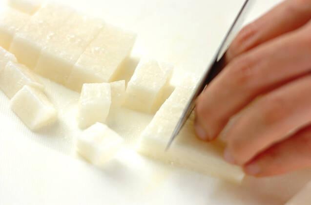 長芋の塩辛和えの作り方の手順1
