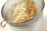 モヤシと白菜のサラダの作り方4