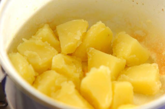 粉ふきイモの肉そぼろ和えの作り方の手順2