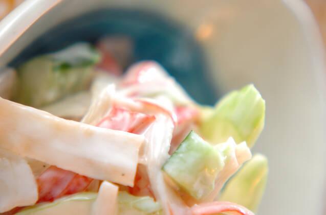 ぱんぴょうとカニカマ・きゅうりのヨーグルト和えサラダ