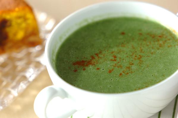 粘りを生かしてうま味を引き出す!モロヘイヤスープの人気レシピ25選