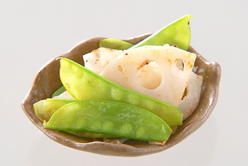 キヌサヤの炒め物