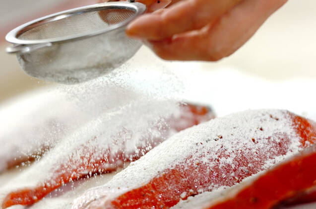 鮭の唐揚げの作り方の手順1