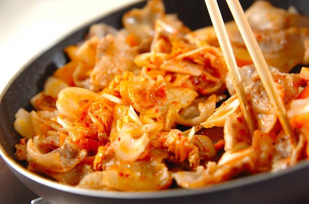 豚バラ肉とキムチの甘辛炒めの作り方の手順6