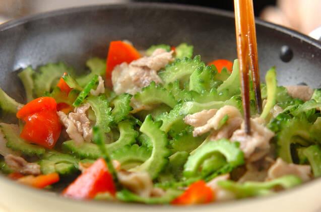 ゴーヤと豚肉の炒め物の作り方の手順7