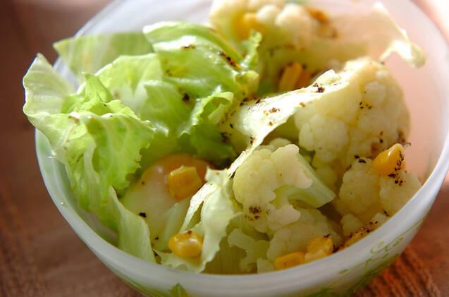 温泉卵のサラダ