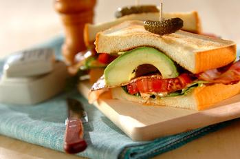 グリル野菜のBLTサンド