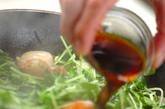 豆苗とエビのバターじょうゆ炒めの作り方4