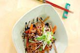 豚肉と根菜の揚げ炒め