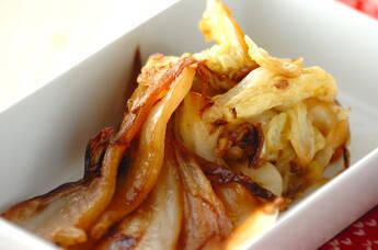 白菜のガーリックバター焼き